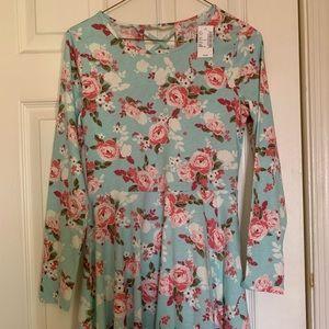 Girls NWT Long Sleeved Dress